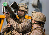 U.S. Marines prepare to fire a Stinger shoulder launched anti-aircraft missile during familiarization training aboard the USS Kearsarge October 2, 2013 in Washington, DC. - Stock Image - DFE1KM