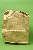 Wrinkled paper lunch bag - Stock Image - AJ1DEB