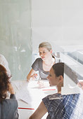Business people meeting in conference room - Stock Image - BN2GGB
