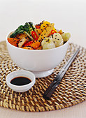 Fried tofu with vegetables and black sesame - Stock Image - BJH5AX