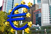 Euro sign in Frankfurt, Germany. - Stock Image - DGXNTE