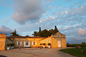 at sunset chateau trottevieille saint emilion bordeaux france - Stock Image - BEAW55
