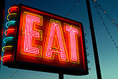 EAT Sign at Restaurant diner Route 1 Saugus Massachusetts - Stock Image - AK0FF2