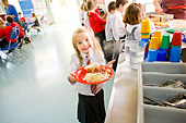 School dinner at primary school uk - Stock Image - BE5JEF