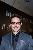 Chicago, Illinois, USA. 5th October, 2014. Actor Robert Downey Jr. arrives on the  Red Carpet at the 50th Chicago International Film Festival's Pre-Festival Gala Screening of THE JUDGE at the AMC River East Theater in Chicago,IL. (Photo credit mandatory Linda Matlow/PIXINTL/Alamy Live News) - Stock Image - E8D359