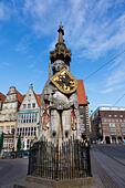 "Roland, ""Defender of Bremen"" statue in the Market Place, Bremen, Germany. - Stock Image - E6RATJ"