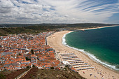Nazaré from the Promontório do Sítio Portugal - Stock Image - ATYWDD