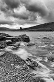 Sutherland, Ardwreck Castle and Loch Assynt - Stock Image - CY8AC6