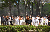 Young people dancing in Havanna in Cuba - Stock Image - C3Y286