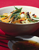 Thai vegetable dish in bowl - Stock Image - B46RYF