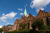 St Martin church, Schlachte embankment, Bremen, Germany - Stock Image - E6RAWB