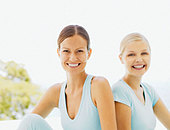 Two women outdoors - Stock Image - ACCC2Y