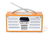 DAB digital radio, UK - Stock Image - D2YB69