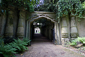 Entrance to Egyptian Avenue, Highgate Cemetery West, Highgate, London, England, United Kingdom, Europe - Stock Image - CXAXGA