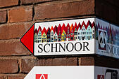 Direction sign to Schnoor quarter, Bremen, Germany. - Stock Image - E6RATW
