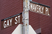 Gay St and Waverly Pl signs - Stock Image - D4TYNC