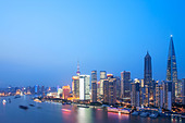Pudong at dusk, Shanghai, China - Stock Image - C7E0Y8