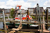 Lifeboats on the River Wesser at Bremen, Germany. - Stock Image - E6RAT7
