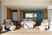 Bedroom open to sunny patio - Stock Image - E3MDEE