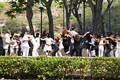 Young people dancing in Havanna in Cuba - Stock Image - C3Y2ME