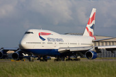 British Airways Boeing 747 at London Heathrow airport. - Stock Image - B7DKNF