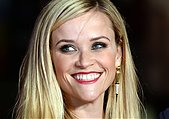 epaselect epa04445476 US actress/cast member Reese Witherspoon smiles prior to the premiere of 'Wild' at the 58th BFI London Film Festival, in London, Britain, 13 October 2014. The festival runs from 08 to 19 October.  EPA/FACUNDO ARRIZABALAGA - Stock Image - E905P0