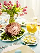 eater lunch - Stock Image - D9WJAJ