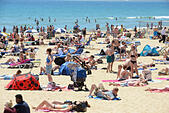 Bournemouth, UK. 30th June, 2015. Bournemouth beach today as UK temperature reaches 30 degrees. © John Beasley/Alamy Live News - Stock Image - EWR8MJ