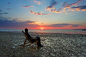 Whitstable, Kent, UK. 1st July 2015: UK Weather. Sunrise at Whitstable on what is predicted to be the hottest day for 10 years with temperatures up to 35°C in places.© Alan Payton/Alamy Live News - Stock Image - EWTB66