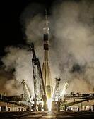 Baikonur, Kazakhstan. 23rd July, 2015. A Soyuz FG rocket booster with the Soyuz TMA-17M spacecraft carrying the ISS Expedition 44/45 crew of NASA astronaut Kjell N. Lindgren, Roscosmos cosmonaut Oleg Kononenko, and JAXA astronaut Kimiya Yui lifts off from a launch pad at the Baikonur Cosmodrome. © Mikhail Japaridze/TASS/Alamy Live News - Stock Image - EY71DR