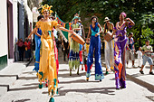 Street Entertainers, Old Havana, Cuba - Stock Image - CTX8GD