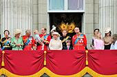 London, UK. 13th June, 2015. Royal Family Buckingham Palace balcony at Trooping the Colour ceremony, Prince Georges 1st appearance © Lorna Roberts/Alamy Live News - Stock Image - ETHNPE