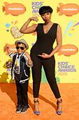 Jennifer Hudson & son David Otunga Jr 28th Annual Kids Choice Awards 2015 28/03/2015 in Los Angeles - Stock Image - EJM9MT
