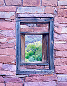 Window in fort at Lee s Ferry Arizona - Stock Image - B3P21W