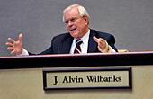 Gwinnett County school superintendent J. Alvin Wilbanks speaks during a Gwinnett County Board of Education meeting May 20, 2010 at the Gwinnett County Public Schools Instructional Support Center in Suwanee, Ga. © Bita Honarvar/Atlanta Journal-Contitution/TNS/Alamy Live News - Stock Image - EGNCP5