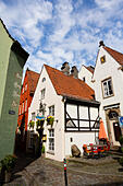 Old buildings in the Schnoor quarter of Bremen, Germany - Stock Image - E6RAT1