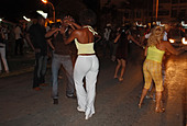 locals Salsa Dancing on the streets of Varadero, cuba - Stock Image - CTN56K
