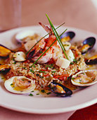 Elegant Shellfish and Rice Entree - Stock Image - BJM8RB