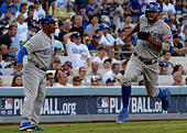 Los Angeles, California, USA. 20th Oct, 2016. Chicago Cubs' Dexter Fowler (24) scores on a double by teammate Anthony Rizzo (not pictured) against the Los Angeles Dodgers in the first inning during game five of the National League Baseball Championship Series on Thursday, Oct. 20, 2016 in Los Angeles. Chicago Cubs won 8-4. (Photo by Keith Birmingham, Pasadena Star-News/SCNG) © San Gabriel Valley Tribune/ZUMA Wire/Alamy Live News - Stock Image - H5FBDC