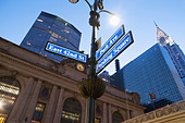 Street signs outside Grand Central station at dusk, New York City, USA - Stock Image - D9DW4P