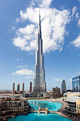 The Burj Khalifa, completed in 2010, the tallest man made structure in the world, Dubai, UAE - Stock Image - C6CKRE