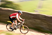 mountain biking in the Peak District National Park Derbyshire UK England GB Great Britain - Stock Image - B55X2J