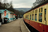 Carriages standing in Grosmont Station on North Yorkshire Moors Railway - Stock Image - BJY7Y0