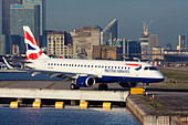 Regional airliner British Airways (BA CityFlyer) Embraer ERJ-190-100LR 190LR at London City Airport, England, UK - Stock Image - CYHHYE