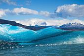 Icebergs at Lago Argentino, Los Glaciares National Park, near El Calafate, Patagonia, Argentina - Stock Image - C90FY8