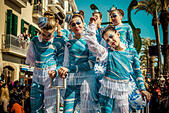 Sitges, Spain. March 2nd, 2014: Children revellers dance during the Sunday parade of the children carnival parade in Sitges © matthi/Alamy Live News - Stock Image - DW898X