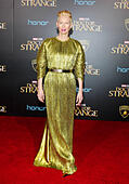 Hollywood, USA. 20th Oct, 2016. Tilda Swinton at the World premiere of 'Doctor Strange' held at the El Capitan Theatre in Hollywood, USA on October 20, 2016. © Hyperstar/Alamy Live News - Stock Image - H5FAD3