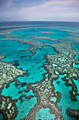 Aerial views of the spectacular Great Barrier Reef near the Whitsunday Islands in Queensland, Australia. - Stock Image - CBTFH2