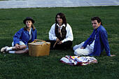 Apr 16, 1993; Spokane, WA, USA; (left to right) MARY STUART MASTERSON as Juniper 'Joon' Pearl, JOHNNY DEPP as Sam, and AIDAN QUINN as Benjamin 'Benny' Pearl in the comic, romance, drama 'Benny and Joon' directed by Jeremiah S. Chechik. - Stock Image - F6FT24