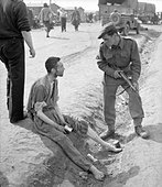 The Liberation of Bergen-belsen Concentration Camp, April 1945 BU4002. - Stock Image - D8RB7P